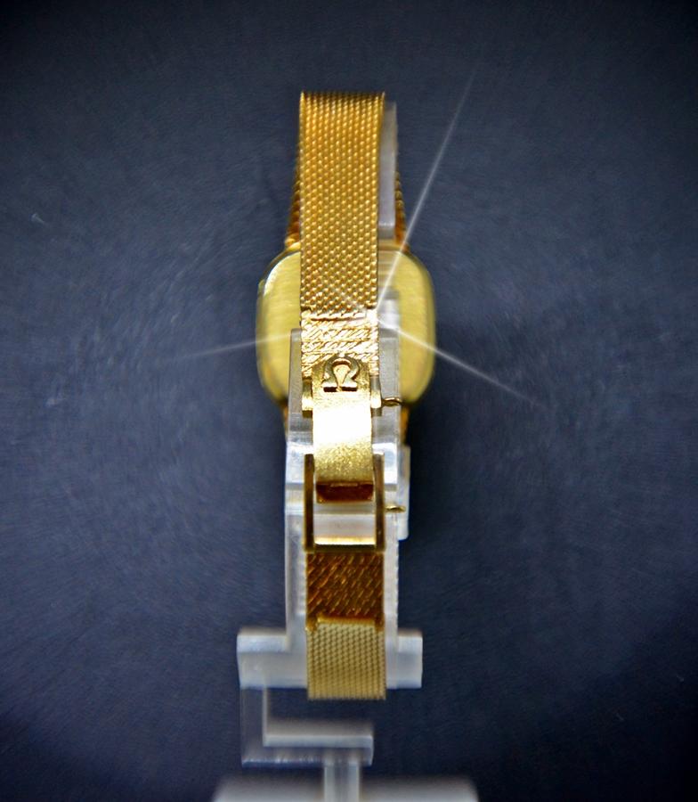 Reloj omega de ville oro mujer